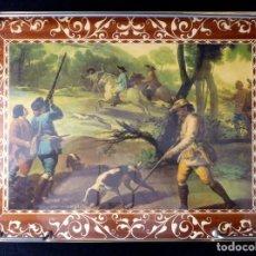 Vintage: BANDEJA DE CAMA LITOGRAFIADA, CON PATAS PLEGABLES. ESCENA DE CAZA. AÑOS 60. Lote 113430563