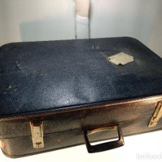 Vintage: MALETA DE VIAJE GRANDE - MARCA CHENEY ENGLAND - CON CIERRES - RÍGIDA -. Lote 115921519