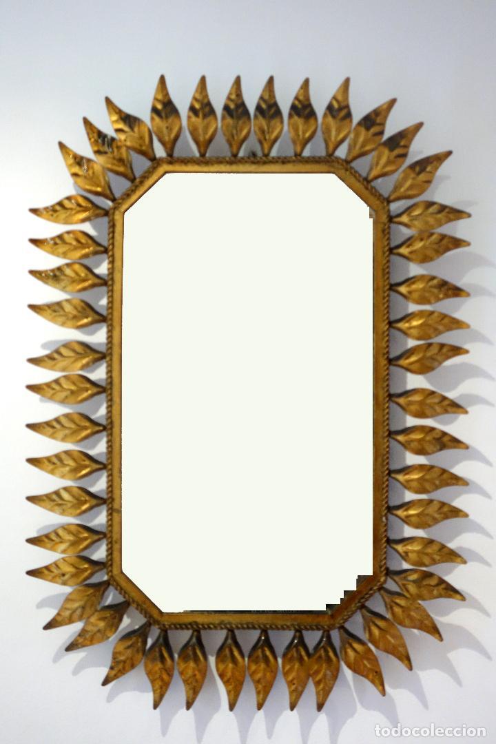 espejo vintage con marco de hojas en metal dora - Comprar en ...