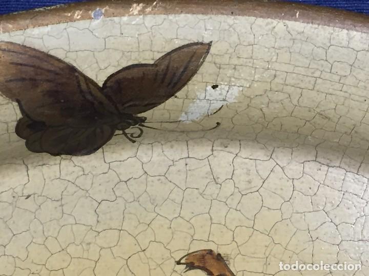 Vintage: bandeja hojalata fondo craquelado motivos dorados orientales pinceles mariposas dados caja 39,5cms - Foto 7 - 117152195
