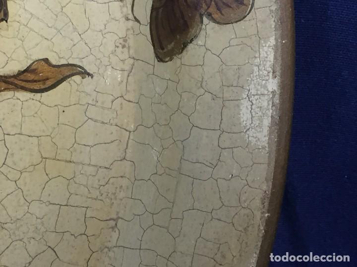 Vintage: bandeja hojalata fondo craquelado motivos dorados orientales pinceles mariposas dados caja 39,5cms - Foto 13 - 117152195