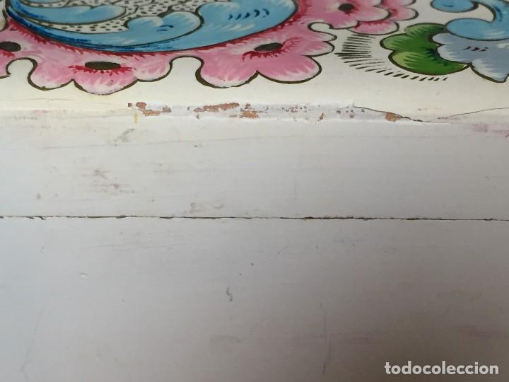 Vintage: caja pintada de blanco madera rocallas roleos tipo s XVIII vivos colores 5x15x11cms - Foto 5 - 117924839
