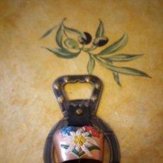 Vintage: ABRIDOR DE BOTELLAS CON CANPANA SUIZA. Lote 117955591