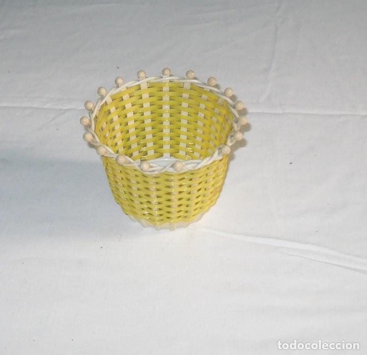 Vintage: Vintage-Pequeña cesta de plasatico. - Foto 3 - 118033875