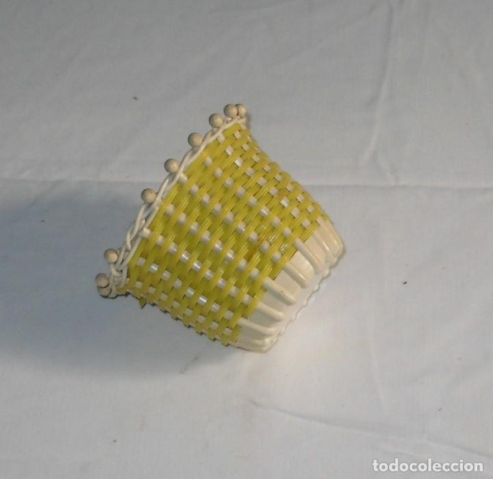 Vintage: Vintage-Pequeña cesta de plasatico. - Foto 4 - 118033875