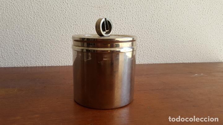 Vintage: Tarro o bote vintage de acero. Objeto curioso. - Foto 2 - 118831735