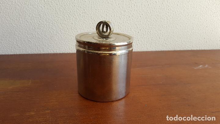 Vintage: Tarro o bote vintage de acero. Objeto curioso. - Foto 3 - 118831735