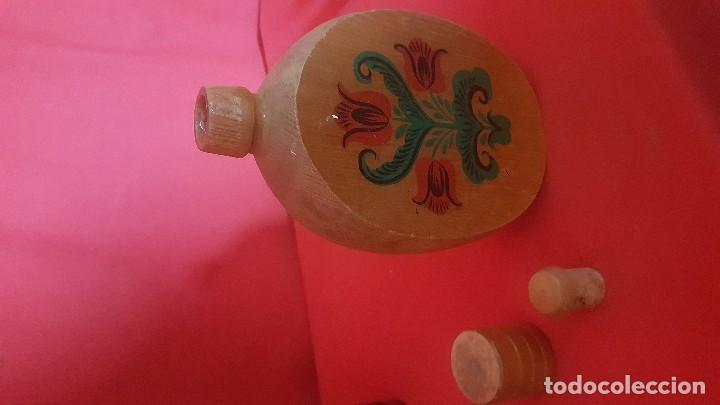 Vintage: Botella rusa en madera. Con su tapón. - Foto 2 - 118988479