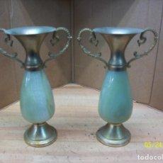 Vintage: PAREJA DE COLUMNAS-JARRONES DE MARMOL. Lote 122005263