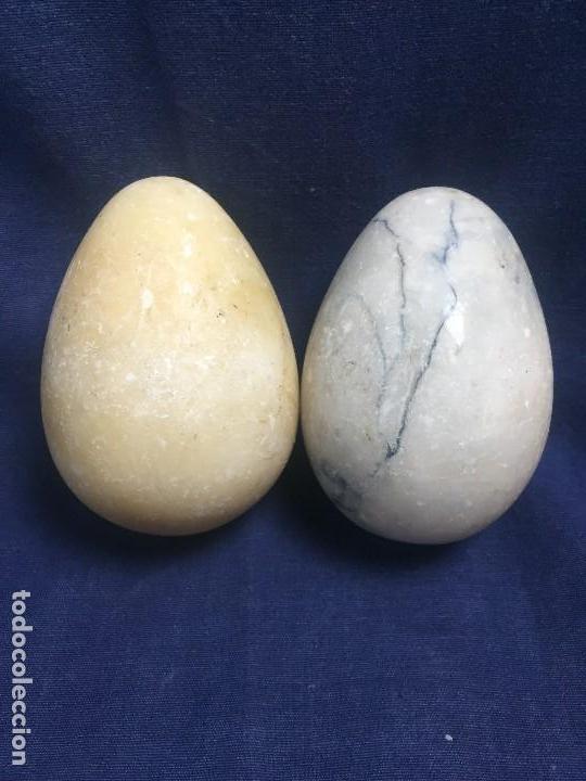 Vintage: dos grandes huevos huevo alabastro 2a mitad s xx 11x8cms - Foto 2 - 122276363