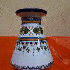 Vintage: JARRÓN DE CERÁMICA DE TALAVERA. Lote 126973395