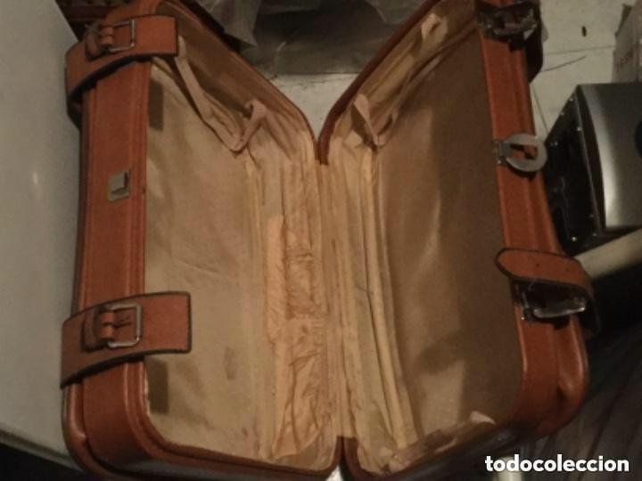 Vintage: Tres Maletas de skay polipiel Años 70 Color marrón - Foto 7 - 128638359