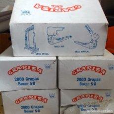Vintage: LOTE DE GRAPADORA INDUSTRIAL CON 5 CAJAS DE GRAPAS TOTAL 10000 GRAPAS. Lote 130036047