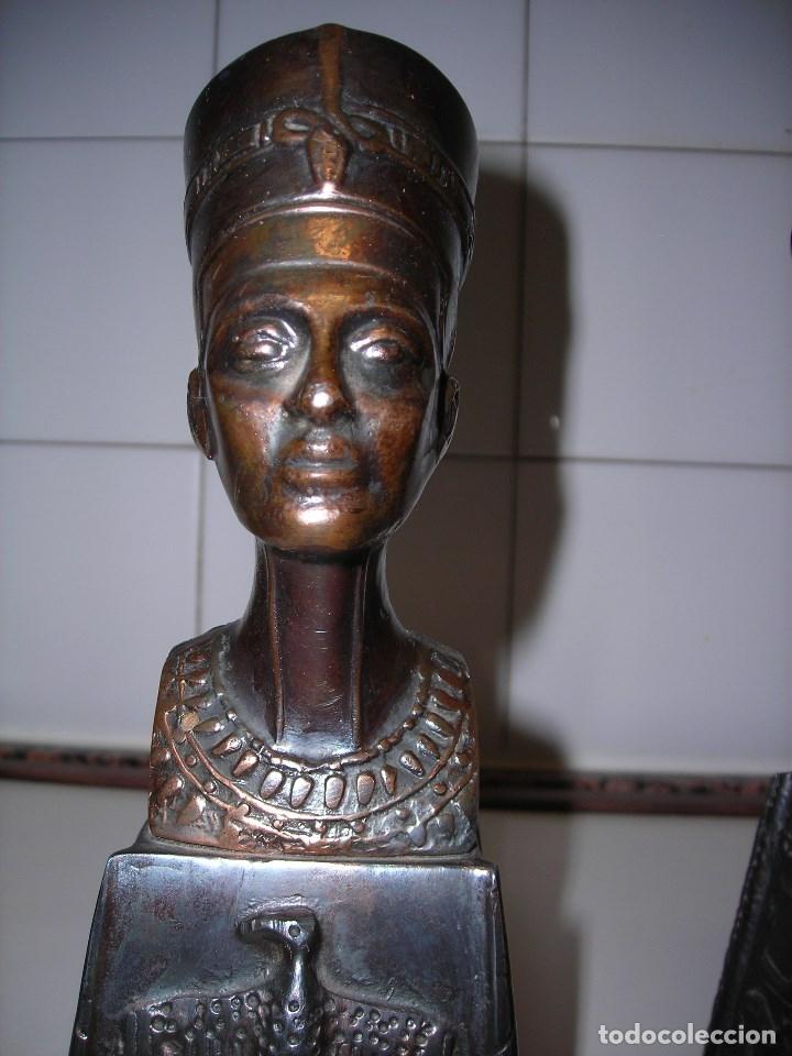 Vintage: DOS BUSTOS DE LA REINA NEFFERTITI EN BRONCE TRAIDOS DE EGIPTO.(Se pueden usar como sujetalibros) - Foto 8 - 82939339