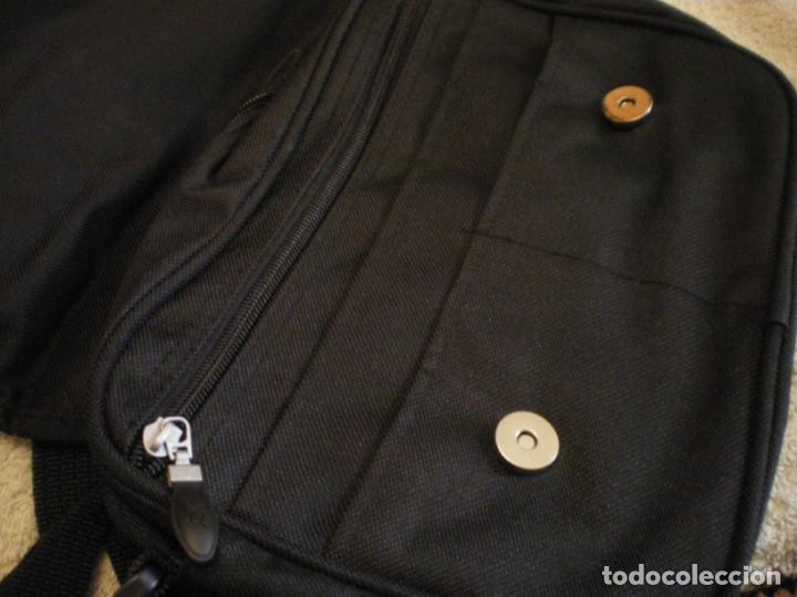 con para karhu de bolso Comprar en mano negro el color asa wXaq1xqd