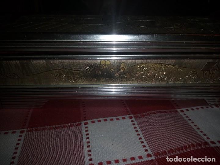 Vintage: caja musical joyero, lady mate music box,música lara,stheme.metalica motivo oriental. - Foto 3 - 135161254