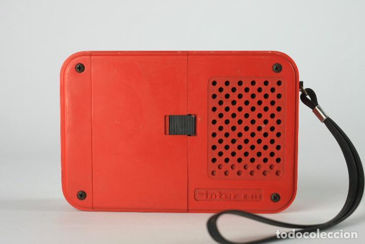 Vintage: radio transistor AM Inter blanco rojo vintage retro space age españa 70's - Foto 4 - 135760650