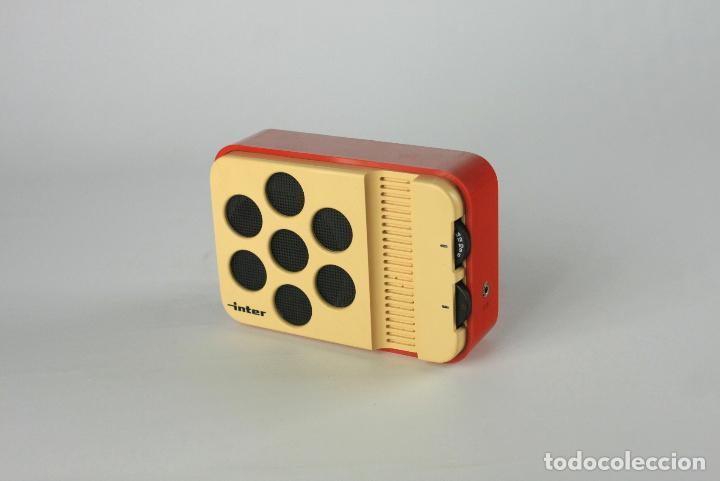 Vintage: radio transistor AM Inter blanco rojo vintage retro space age españa 70's - Foto 5 - 135760650