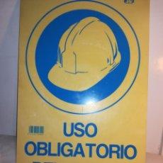 Vintage: CARTEL OBRAS: USO OBLIGATORIO DEL CASCO, AÑOS 80. Lote 136104202