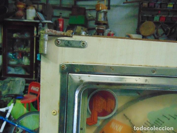 Vintage: MAQUINA RECREATIVA JAPONESA EN MADERA Y METAL TIPO PINBALL DE LA MARCA NISHIJIN SUPER DH - Foto 2 - 136584226