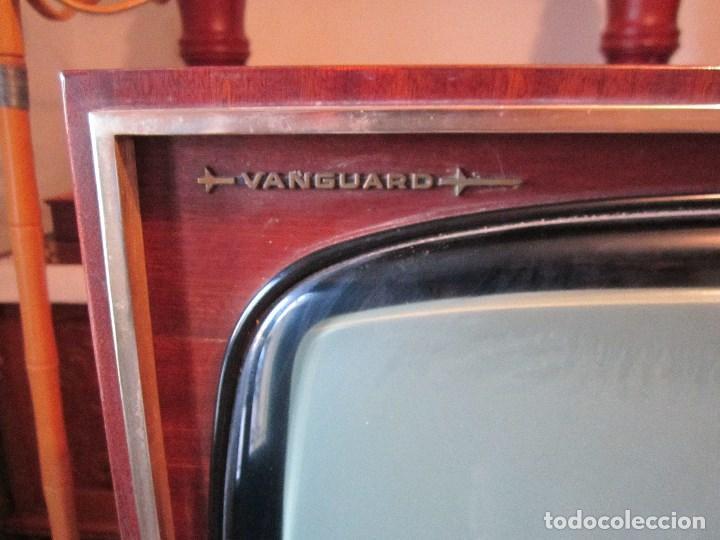 Vintage: GRAN TELEVISOR VANGUARD RETRO VINTAGE - TELEVISIÓN A VÁLVULAS/LÁMPARAS - Foto 2 - 163838869