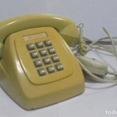 Vintage: ANTIGUO TELEFONO. BAQUELITA. SISTEMA DE TECLADO. CON TIMBRE. MARCA CITESA. EL DE LA FOTO. . Lote 141649982