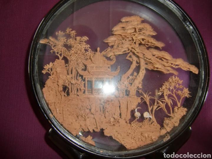 Vintage: Adorno de madera con paisaje en el centro. - Foto 6 - 145778164