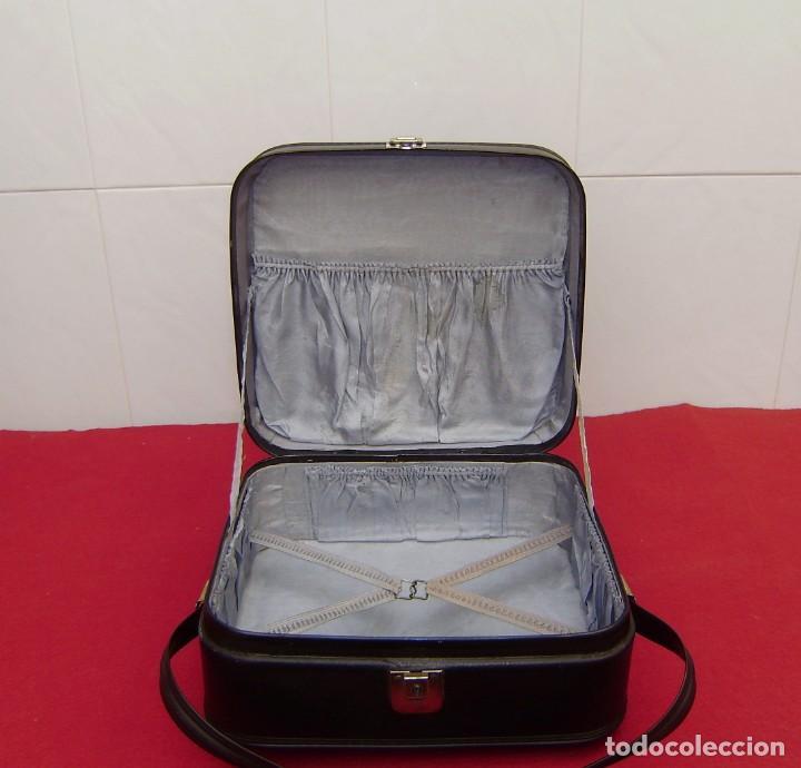 Vintage: Maleta maletin de fin de semana de viaje color negro.Con llave. - Foto 4 - 145849506
