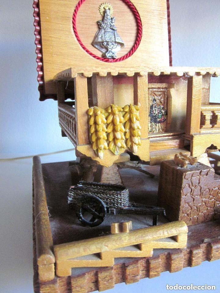 Vintage: Antiguo Hórreo Joyero madera con luz imagen Virgen Covadonga artesanal funciona - Foto 8 - 146504174