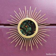 Vintage: ESPEJO DE FORJA Y PAN DE ORO - SOL - VINTAGE. Lote 147509170