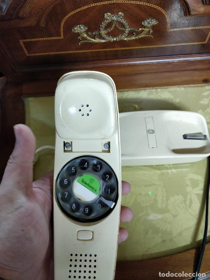 Vintage: Antiguo teléfono Góndola color crema, telefónica, cables en perfecto estado. - Foto 4 - 150204570