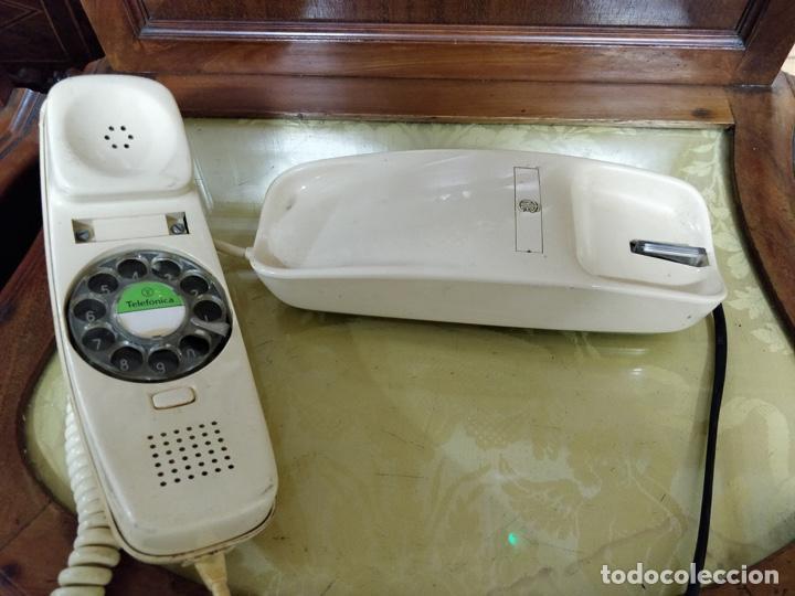 Vintage: Antiguo teléfono Góndola color crema, telefónica, cables en perfecto estado. - Foto 5 - 150204570
