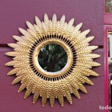 Vintage: ESPEJO SOL DE FORJA Y PAN DE ORO VINTAGE. Lote 151145034