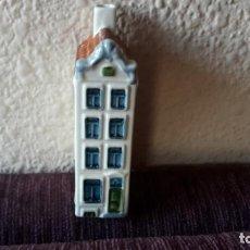 Vintage: CASITA BOTELLA EN CERÁMICA DE DELFTS. Lote 152176858
