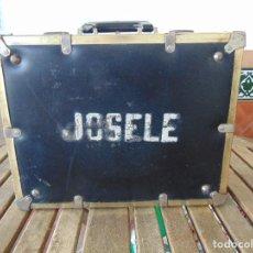 Vintage: MALETA DE VIAJE DE HUMORISTA , JOSELE MIDE 40.5 X 32 X 15. Lote 152864314