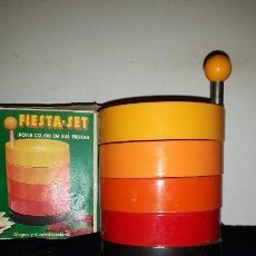 Vintage: BANDEJA APERITIVOS SET FIESTA. Lote 154873114