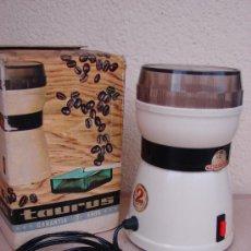 Vintage: MOLINILLO DE CAFÉ ELÉCTRICO TAURUS AÑOS 70. FUNCIONA. Lote 155321814