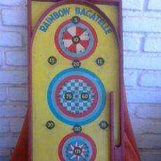 Vintage: PIEZA DE UN PINBALL DE LOS AÑOS 50 'RAINBOW BAGATELLE' FABRICADO EN CHAD VALLEY TOYS (INGLATERRA).. Lote 156655626