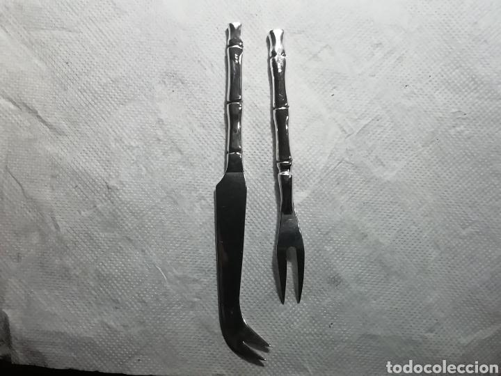 Vintage: Utensilios de pescado tiene marcas no sé si de plata o alpaca - Foto 2 - 156686906