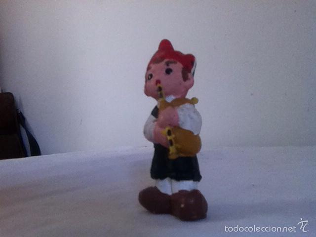FIGURA DE BARRO. ALBOROX. 7 CM (Vintage - Decoración - Varios)