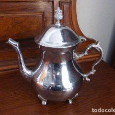 Vintage: TETERA DE METAL EN COLOR PLATA. . Lote 157400198