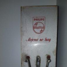 Vintage: COMPROVADOR DE BOMBILLAS PHILIPS. Lote 158364344
