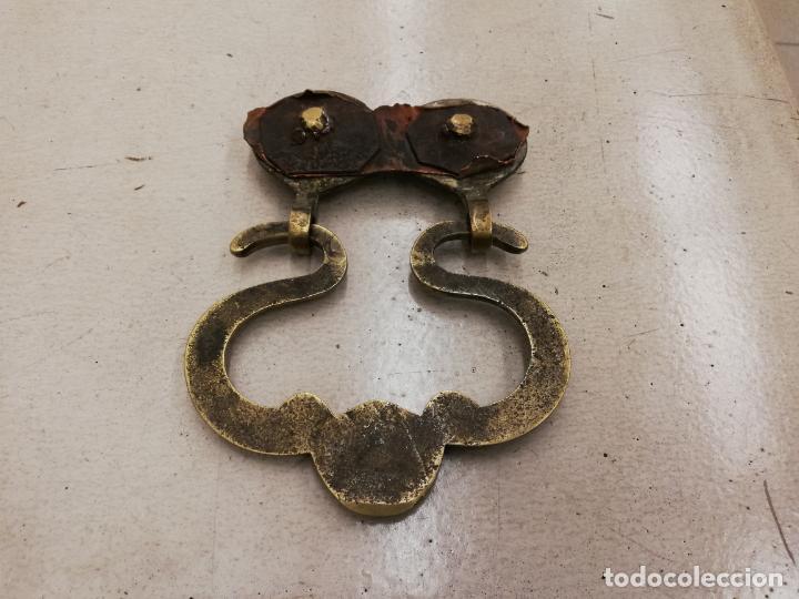 Vintage: Antiguo tirador de puerta - Foto 2 - 159345310