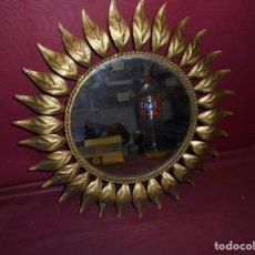 Vintage: MAGNIFICO ANTIGUO ESPEJO VINTAGE DE LOS AÑOS 60-70 DE LOS LLAMADOS SOL. Lote 160417166