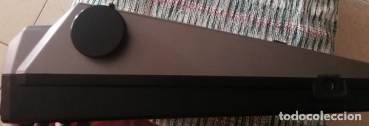 Vintage: Máquina de escribir electrónica Panasonic KX-R196 - Foto 4 - 160628330