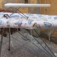 Vintage: TABLA DE PLANCHA. Lote 160733614
