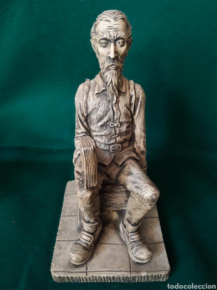 Vintage: Figura AMADIS de GAULA en resina ( hombre reflexionando sobre la lectura ) - Foto 5 - 164192544