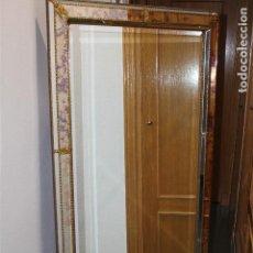 Vintage: PRECIOSO ESPEJO DE CRISTAL BISELADO A COLOR. Lote 165529042