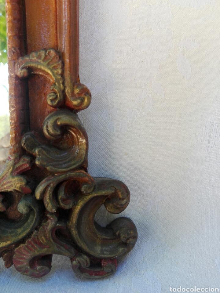 Vintage: Espejo de resina estilo barroco con policromia al pan de oro - Foto 7 - 165927416
