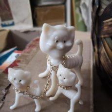 Vintage: SET FAMILY LOVELY PETS EN SU CAJA ANIMALES COLECCIONABLES PVC PLÁSTICO DURO . Lote 167499884